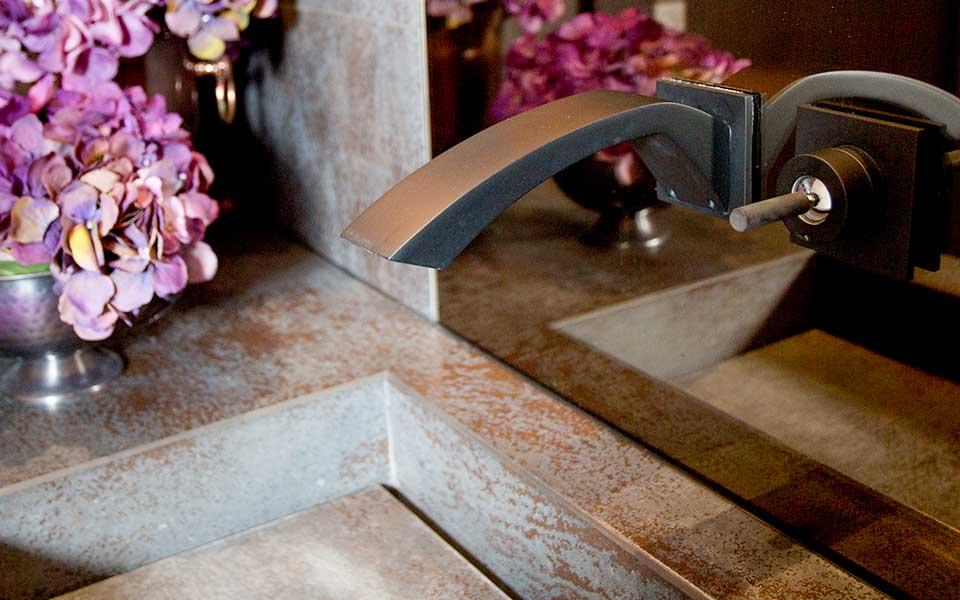 An image of the elegant details of Esther Taylor Design's interior design